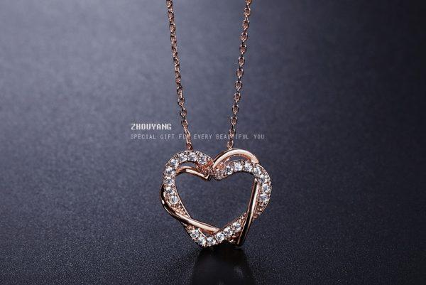 Širdies formos rožinio aukso spalvos kaklo pakabutis