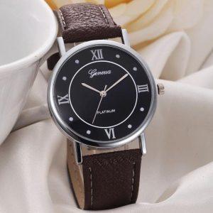 Kvarcinis laikrodis su odine apyranke
