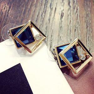 Stilingi auskarai su kristalu
