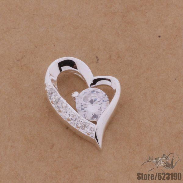 Širdelės formos kaklo papuošalas pakabutis