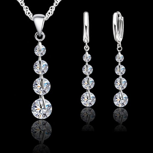 Sidabrinis papuošalų rinkinys su kristalais