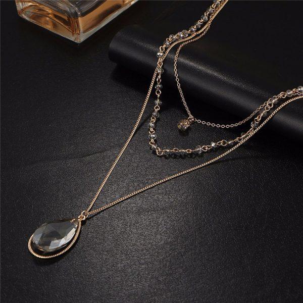 Vintažinio stiliaus kaklo papuošalas su lašo formos pakabučiu
