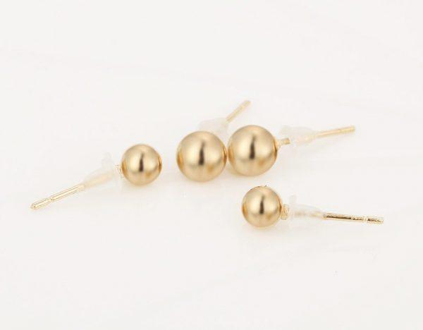 Penkių skirtingų formų auskarų porų rinkinys