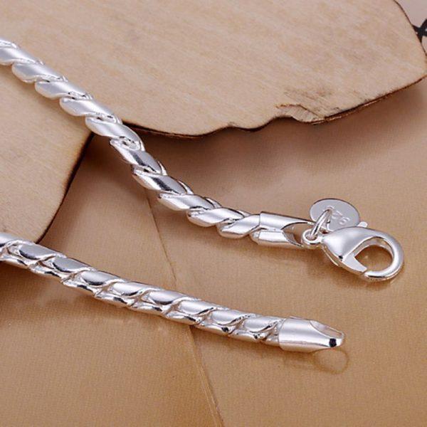 Sidabrinė virvutės formos apyrankė