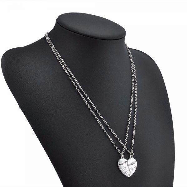 Dviejų dalių, širdelės formos kaklo papuošalas