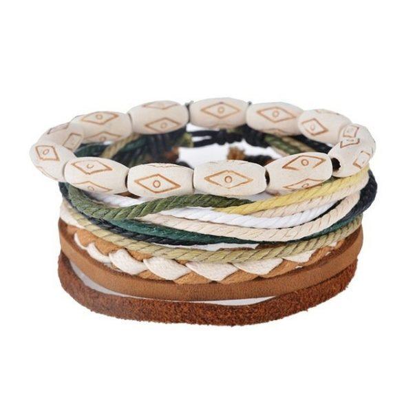 Daugiasluoksnė odinė skirtingų variacijų pankiško stiliaus apyrankė