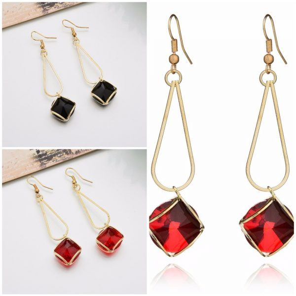 Originalūs ir stilingi auskarai su kristalu
