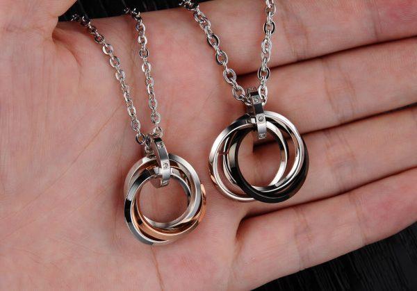 """Papuošalų rinkinys porai """"Meilės žiedai"""""""